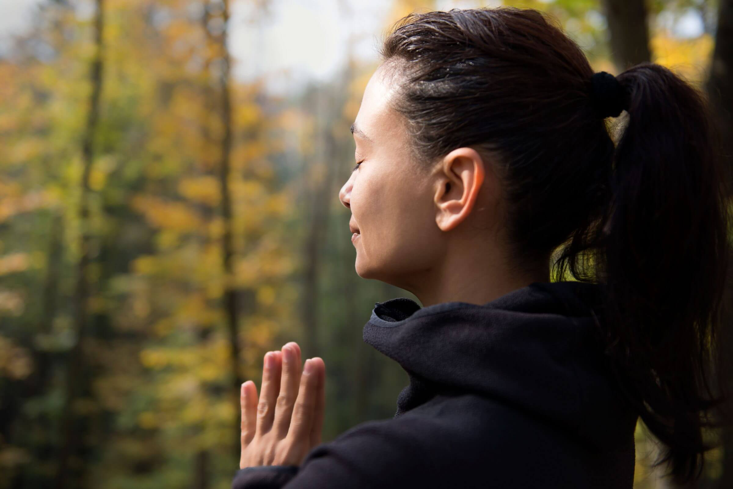 Practicing mindfulness in connection with Nature